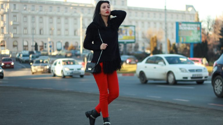 Black and Red – 1