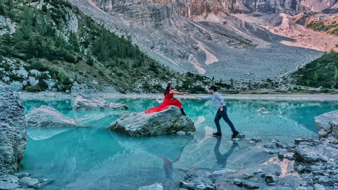 The Most Beautiful Lakes in the Dolomites!